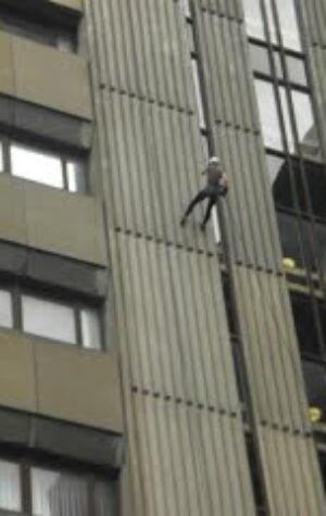Sponsored Abseil 2012_4